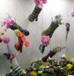 planted gloves